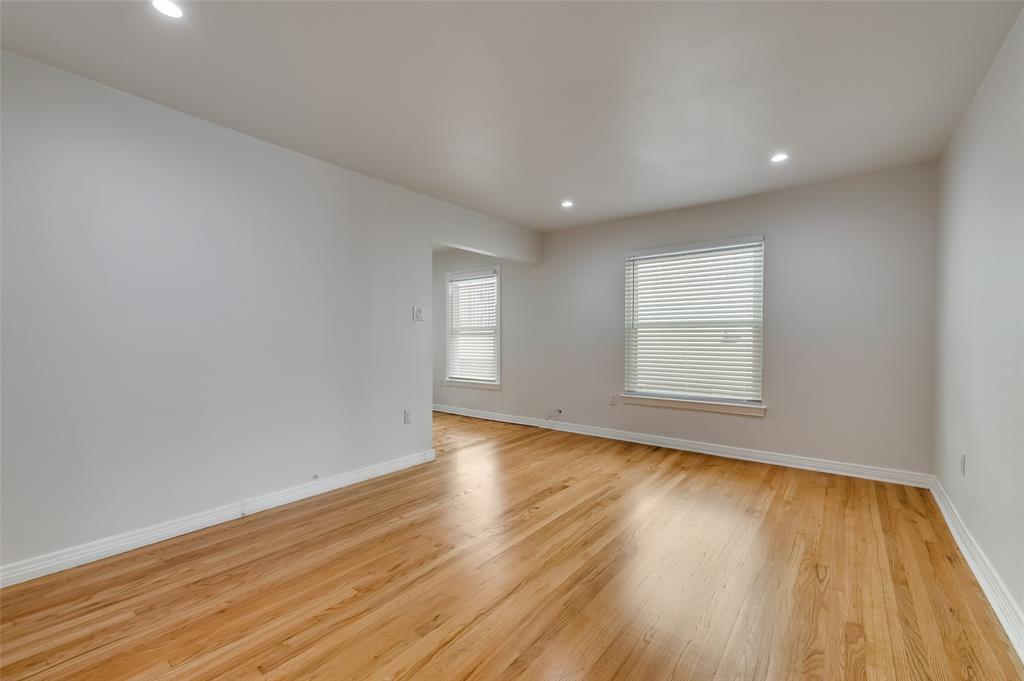 4134 Prescott Avenue, Dallas, Texas 75219 - acquisto real estate best highland park realtor amy gasperini fast real estate service