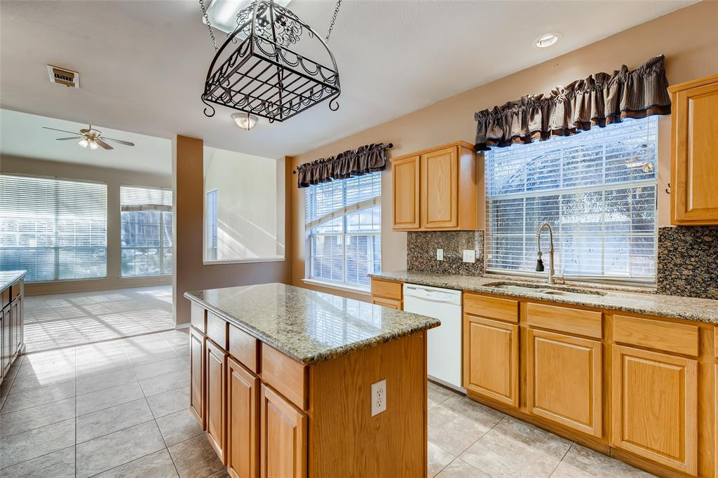 7413 Buckskin Court, Fort Worth, Texas 76137 - acquisto real estate best real estate company to work for