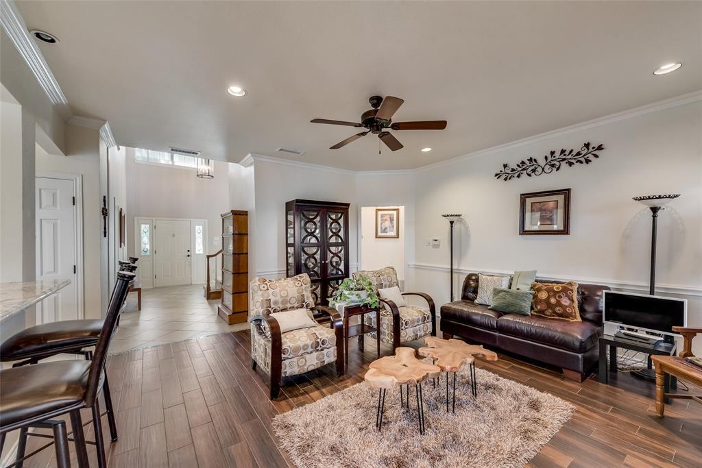 1506 Canterbury Court, Grand Prairie, Texas 75050 - acquisto real estate best celina realtor logan lawrence best dressed realtor