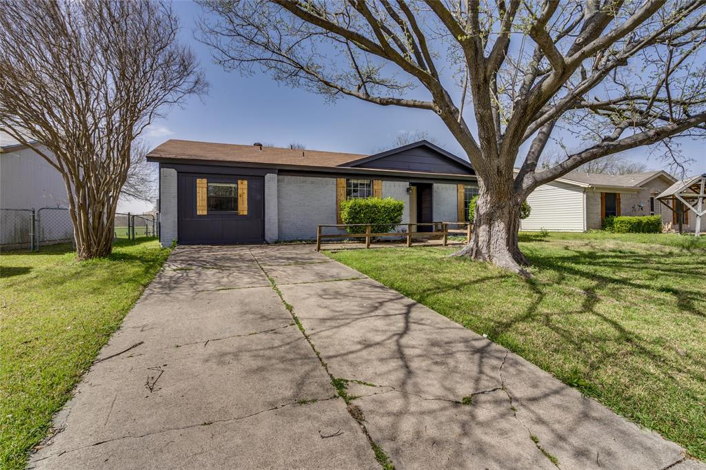 2213 Biscayne Drive, Irving, Texas 75060 - Acquisto Real Estate best plano realtor mike Shepherd home owners association expert