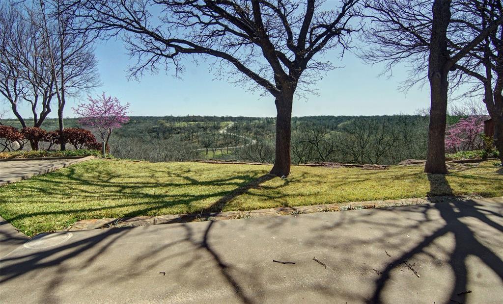1516 Oak Forest Drive, Graham, Texas 76450 - acquisto real estate best prosper realtor susan cancemi windfarms realtor