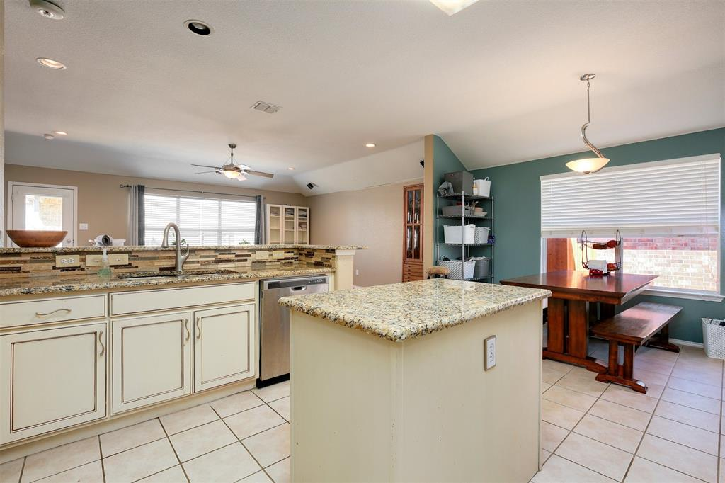 3721 Verde Drive, Fort Worth, Texas 76244 - acquisto real estate best prosper realtor susan cancemi windfarms realtor