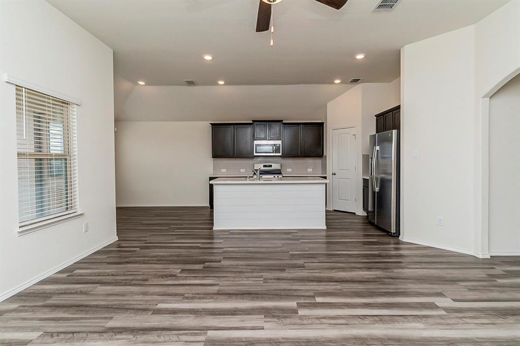 452 Saguaro  Drive, Fort Worth, Texas 76052 - acquisto real estate best luxury buyers agent in texas shana acquisto inheritance realtor