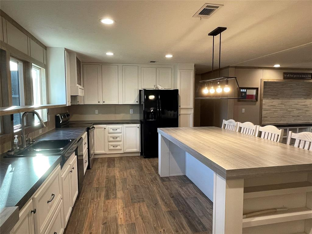 510 San Saba Street, Wortham, Texas 76693 - acquisto real estate best prosper realtor susan cancemi windfarms realtor