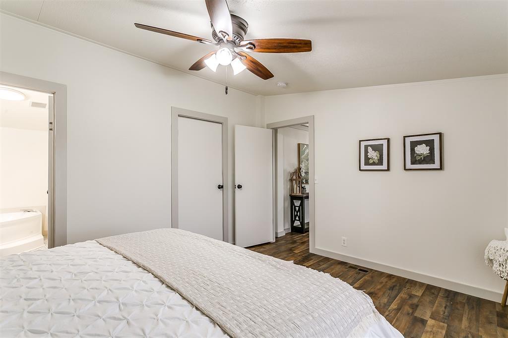 5925 Wild Berry  Trail, Joshua, Texas 76058 - acquisto real estate best negotiating realtor linda miller declutter realtor