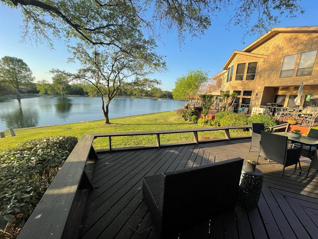 7 Country Lake  Drive, Carrollton, Texas 75006 - Acquisto Real Estate best plano realtor mike Shepherd home owners association expert