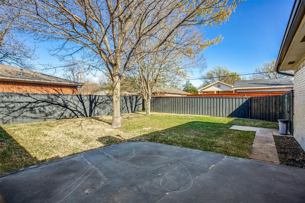8474 Swift  Avenue, Dallas, Texas 75228 - acquisto real estate best realtor dfw jody daley liberty high school realtor