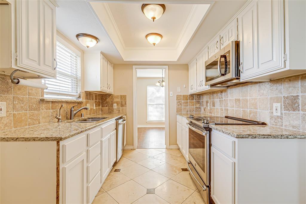 2109 Via Estrada Carrollton, Texas 75006 - acquisto real estate best designer and realtor hannah ewing kind realtor