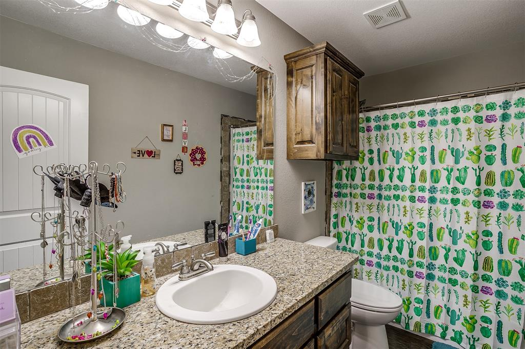 500 Links Drive, Godley, Texas 76044 - acquisto real estate best plano real estate agent mike shepherd