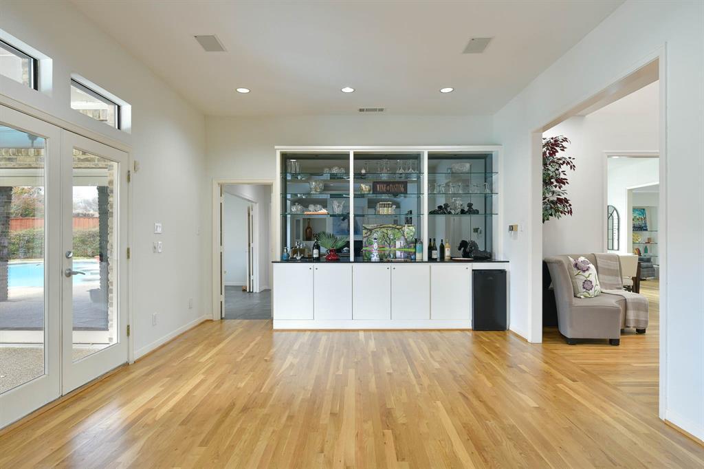 16208 Ranchita Drive, Dallas, Texas 75248 - acquisto real estate best listing agent in the nation shana acquisto estate realtor