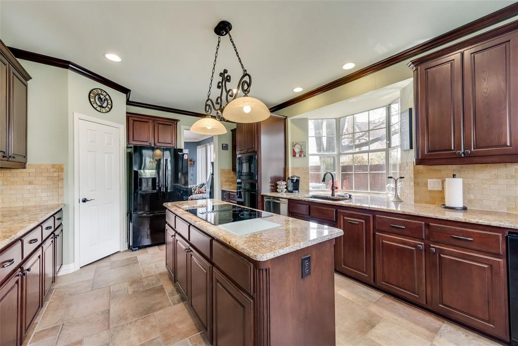 2202 Broadoak Way, Colleyville, Texas 76034 - acquisto real estate best new home sales realtor linda miller executor real estate