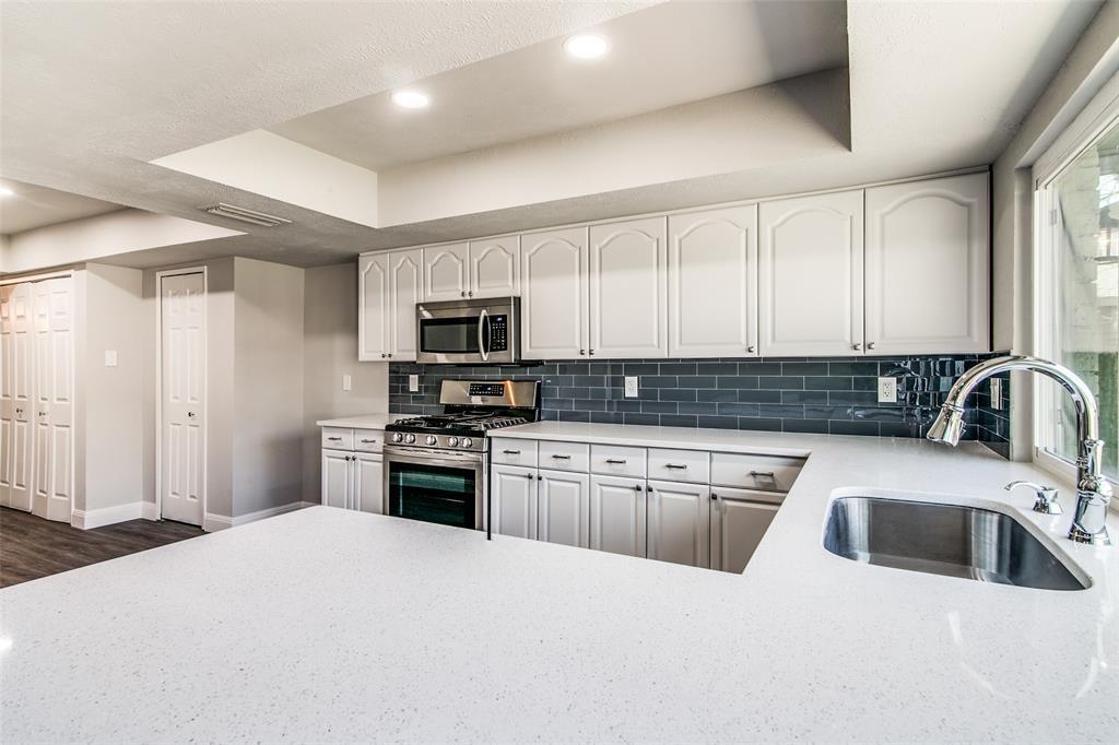 6203 Rainier Road, Plano, Texas 75023 - acquisto real estate best real estate company to work for