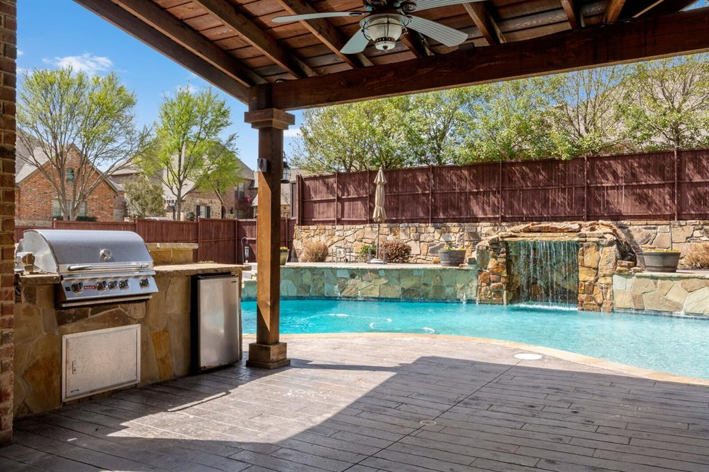 1001 Cove Meadow Court, McKinney, Texas 75071 - acquisto real estate best looking realtor in america shana acquisto
