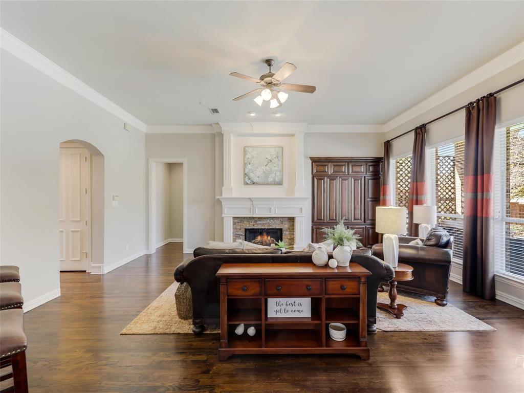5358 Moss Glen Drive, Frisco, Texas 75034 - acquisto real estate best realtor dallas texas linda miller agent for cultural buyers