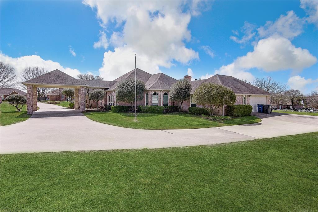 915 Valley View  Avenue, Red Oak, Texas 75154 - Acquisto Real Estate best plano realtor mike Shepherd home owners association expert