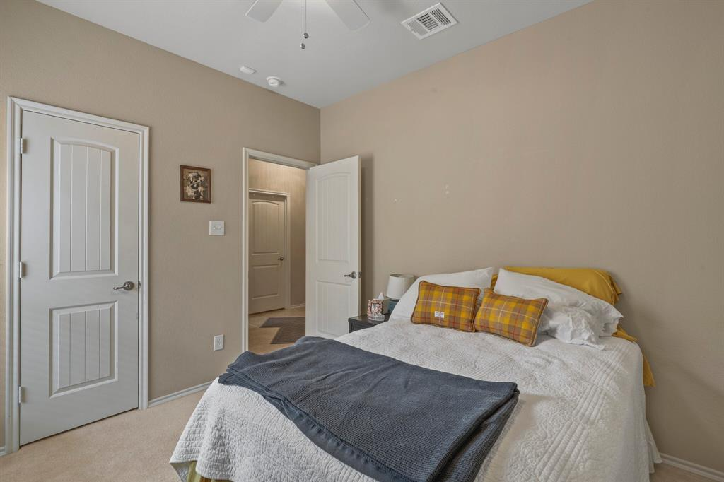 5040 Diamond Peak Court, McKinney, Texas 75071 - acquisto real estate best negotiating realtor linda miller declutter realtor