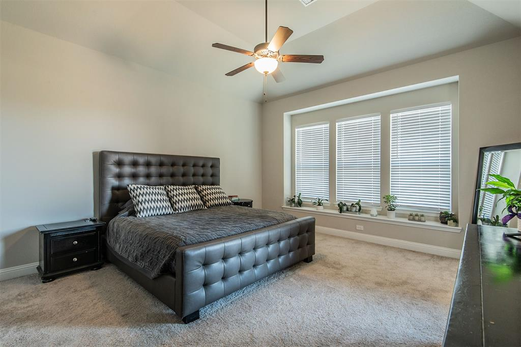 1917 Middleton Drive, Mansfield, Texas 76063 - acquisto real estate best highland park realtor amy gasperini fast real estate service