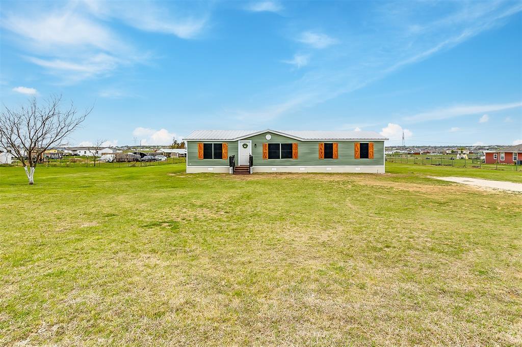 5925 Wild Berry  Trail, Joshua, Texas 76058 - Acquisto Real Estate best mckinney realtor hannah ewing stonebridge ranch expert