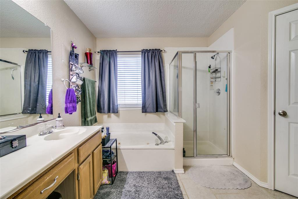 6109 Iris Drive, Rowlett, Texas 75089 - acquisto real estate best realtor dfw jody daley liberty high school realtor