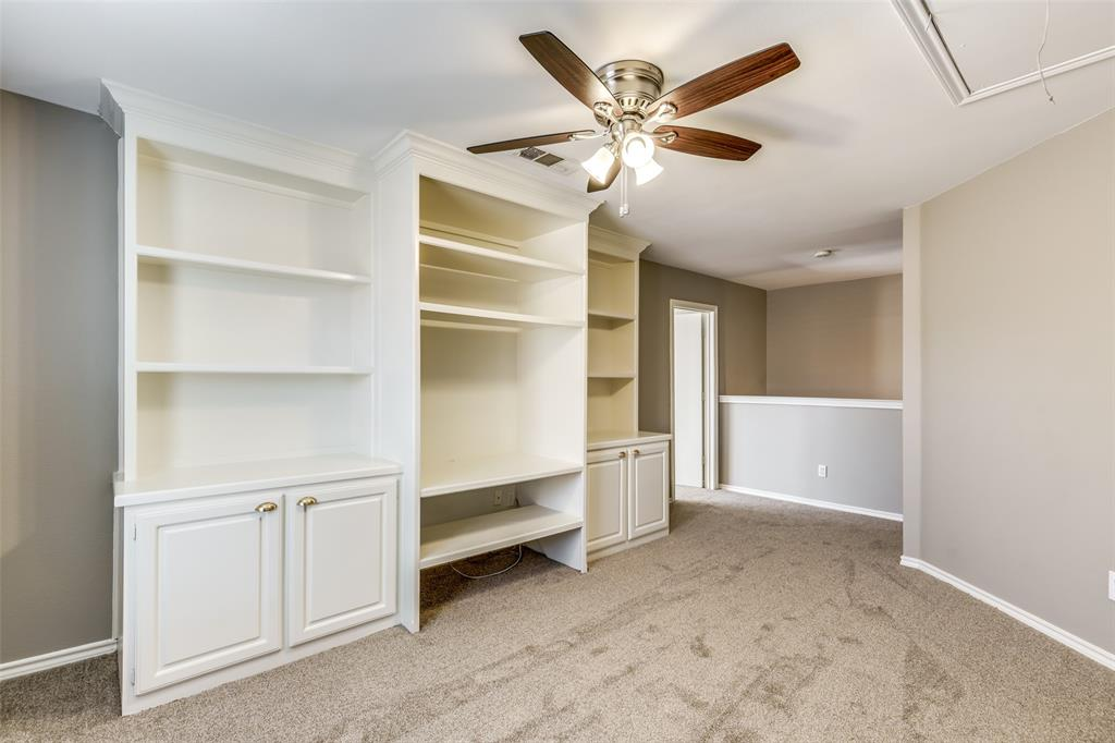 823 Ogden Drive, Arlington, Texas 76001 - acquisto real estate best negotiating realtor linda miller declutter realtor