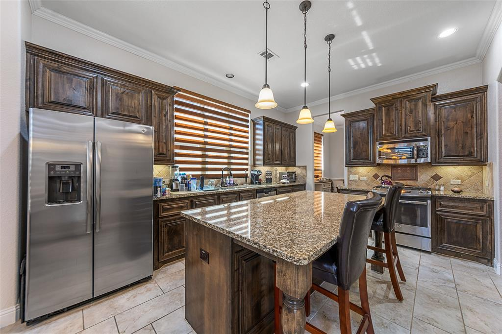 4021 Roxbury Street, Denton, Texas 76210 - acquisto real estate best listing agent in the nation shana acquisto estate realtor