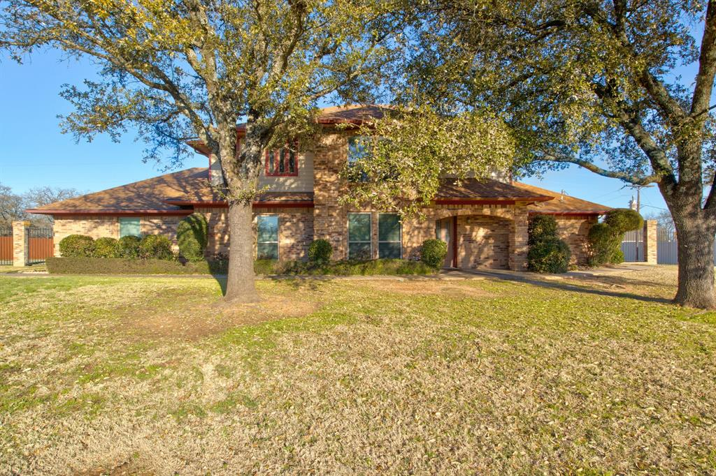 2720 Hill  Terrace, Keene, Texas 76031 - Acquisto Real Estate best plano realtor mike Shepherd home owners association expert