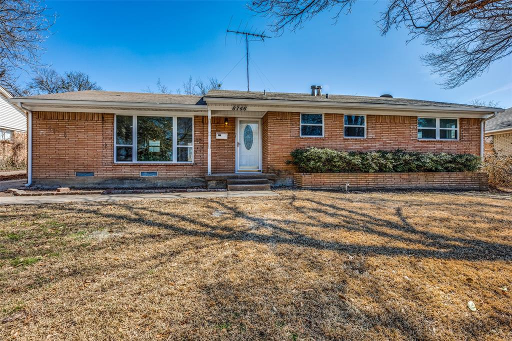 8746 Aldwick Drive, Dallas, Texas 75238 - Acquisto Real Estate best plano realtor mike Shepherd home owners association expert