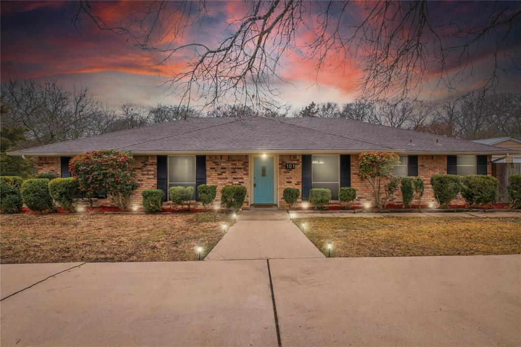 101 Northwood Street, Ovilla, Texas 75154 - Acquisto Real Estate best plano realtor mike Shepherd home owners association expert