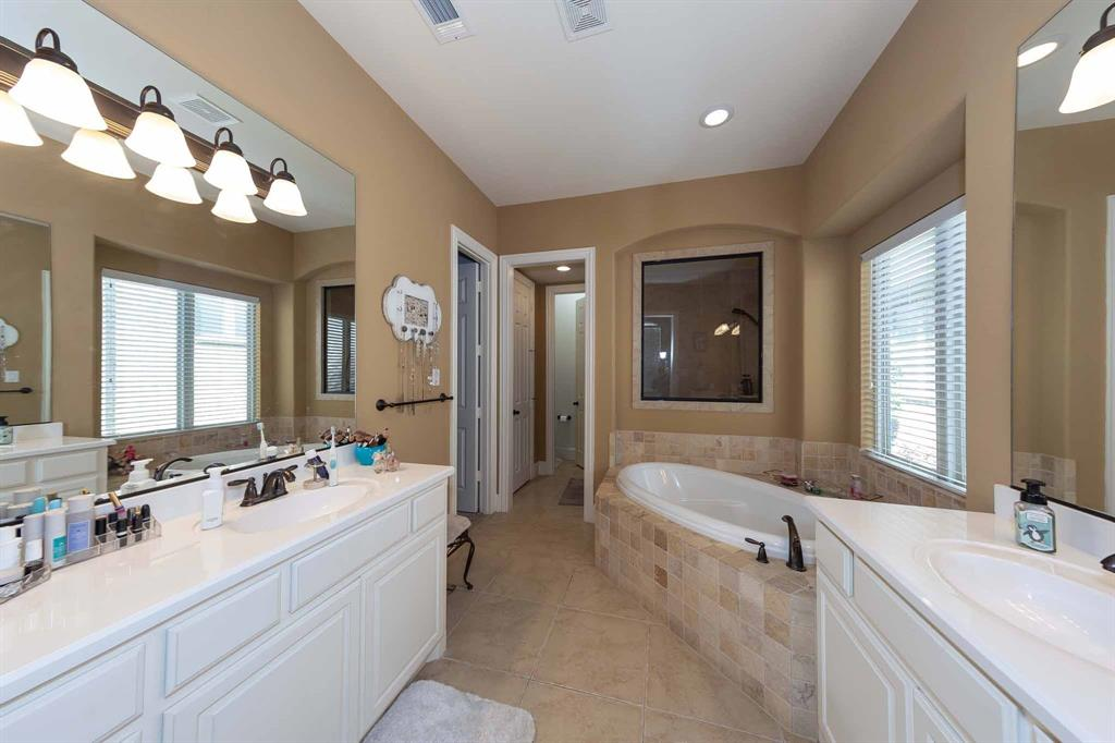 2343 Silver Trace Lane, Allen, Texas 75013 - acquisto real estate best real estate company to work for