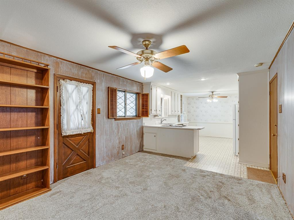 1101 Patricia Street, Irving, Texas 75060 - acquisto real estate best investor home specialist mike shepherd relocation expert