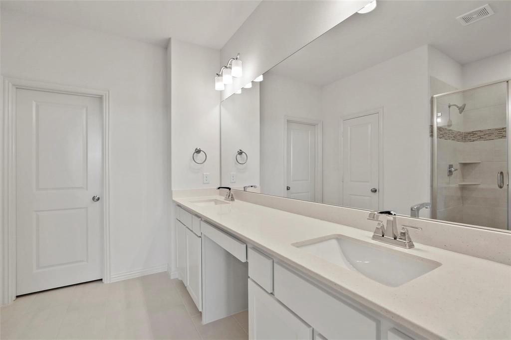 4723 Smokey Quartz Lane, Arlington, Texas 76005 - acquisto real estate best style realtor kim miller best real estate reviews dfw