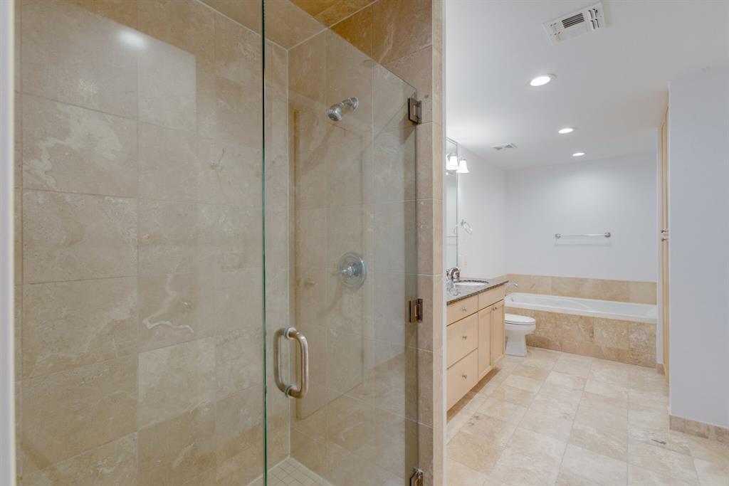 1505 Elm  Street, Dallas, Texas 75201 - acquisto real estate best real estate company in frisco texas real estate showings