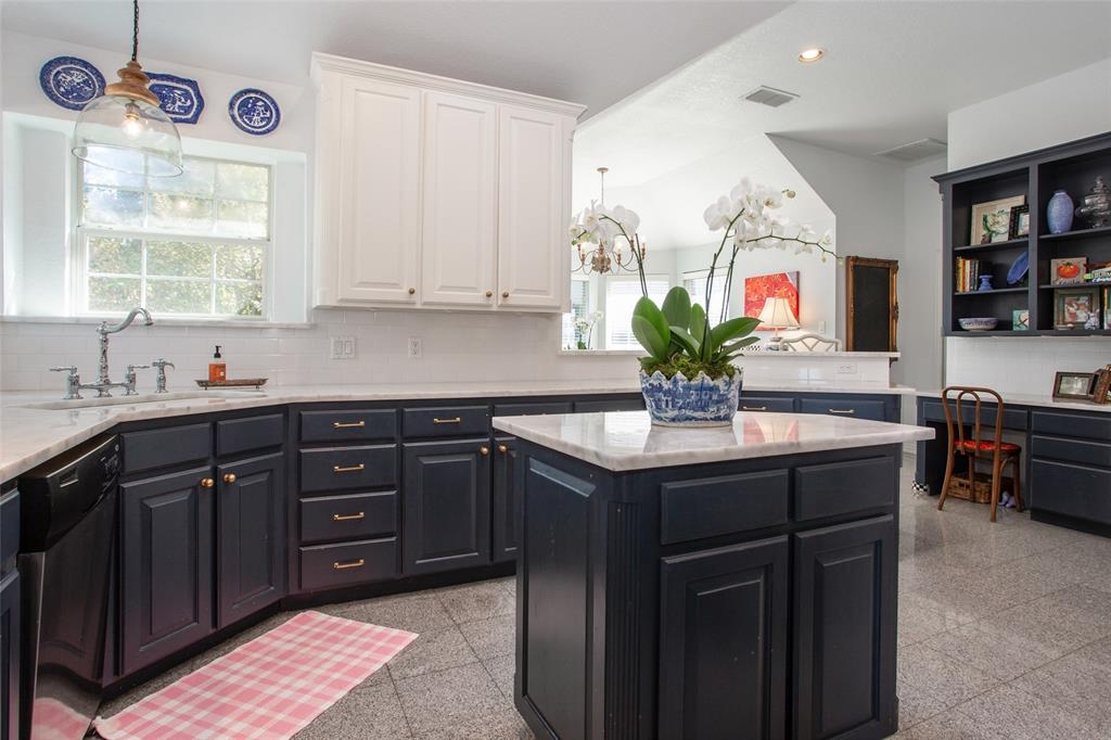 4400 Lost Creek Boulevard, Fort Worth, Texas 76008 - acquisto real estate best designer and realtor hannah ewing kind realtor