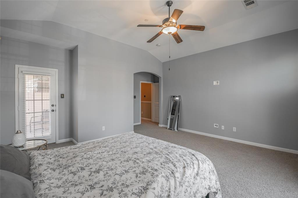 8616 Augustine Road, Irving, Texas 75063 - acquisto real estate best park cities realtor kim miller best staging agent