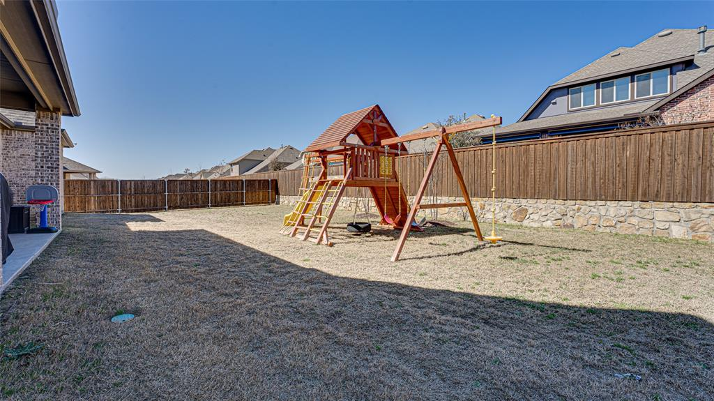 1506 Gardenia Street, Prosper, Texas 75078 - acquisto real estate best park cities realtor kim miller best staging agent