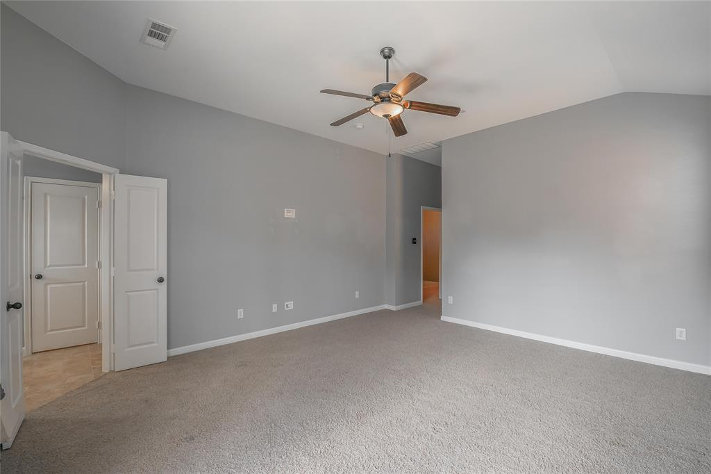8616 Augustine Road, Irving, Texas 75063 - acquisto real estate best investor home specialist mike shepherd relocation expert