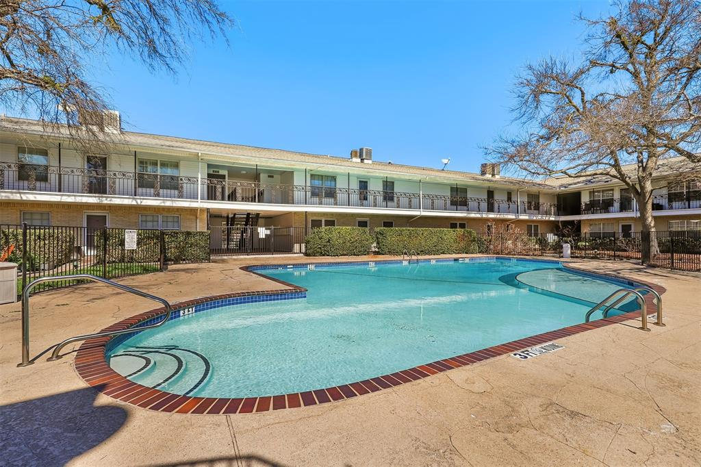 5818 University Boulevard, Dallas, Texas 75206 - acquisto real estate best frisco real estate broker in texas for high net worth buyers