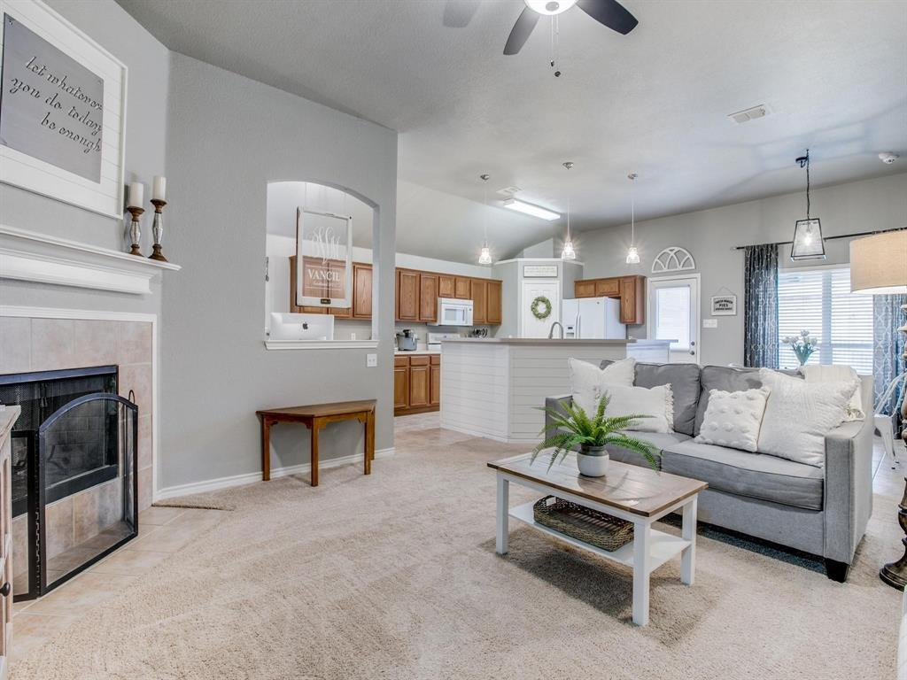 3721 Fiscal  Court, Fort Worth, Texas 76244 - Acquisto Real Estate best plano realtor mike Shepherd home owners association expert