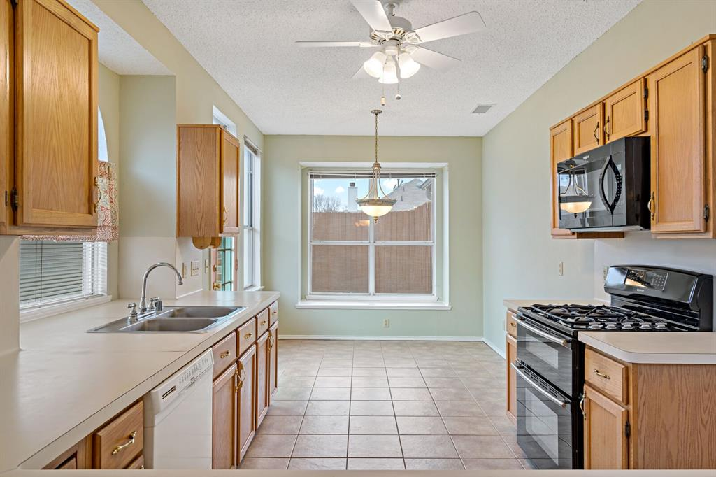 6522 Sturbridge Drive, Rowlett, Texas 75089 - acquisto real estate best real estate company to work for
