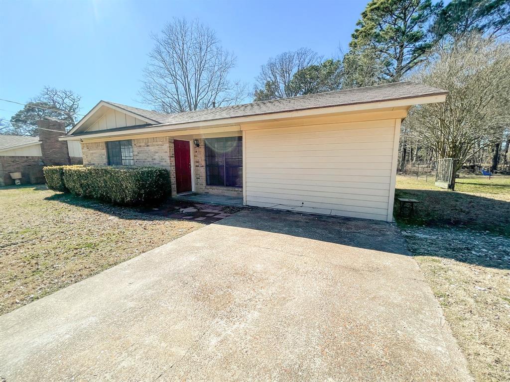 107 N St John St Bogata, Texas 75417 - Acquisto Real Estate best plano realtor mike Shepherd home owners association expert