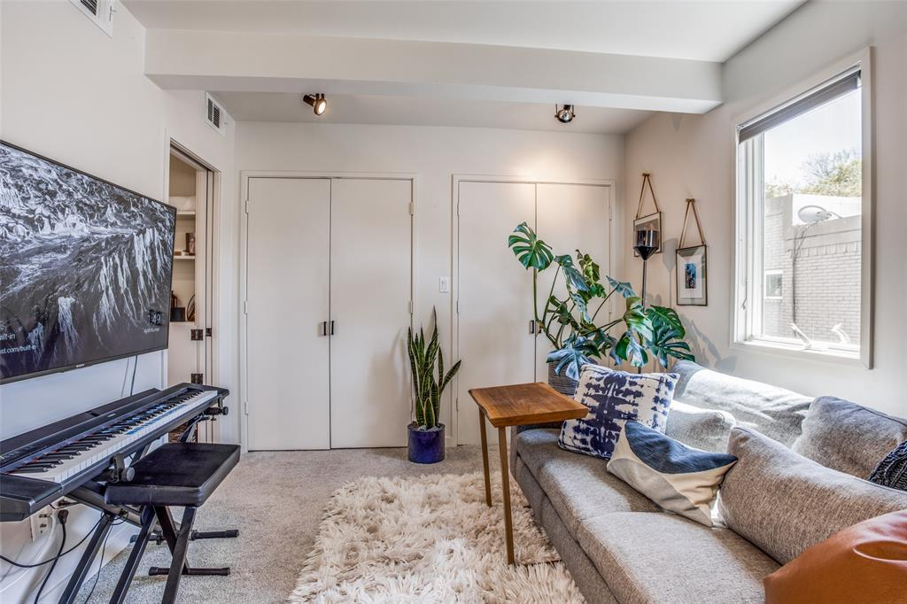4251 Buena Vista Street, Dallas, Texas 75205 - acquisto real estate best frisco real estate broker in texas for high net worth buyers