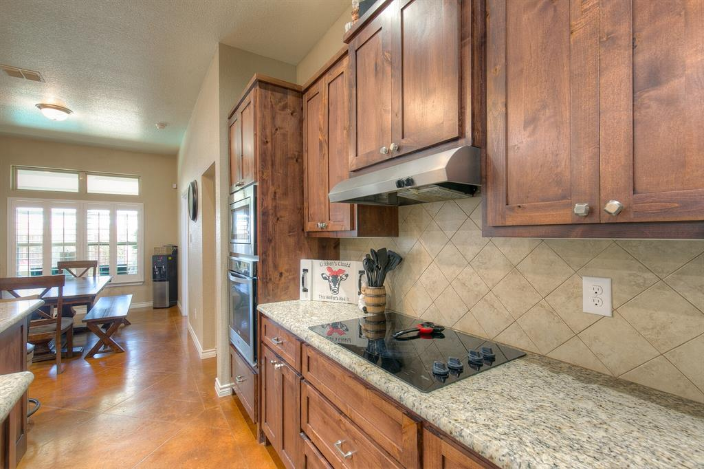 1510 JOSHUA WAY  Granbury, Texas 76048 - acquisto real estate best real estate company to work for