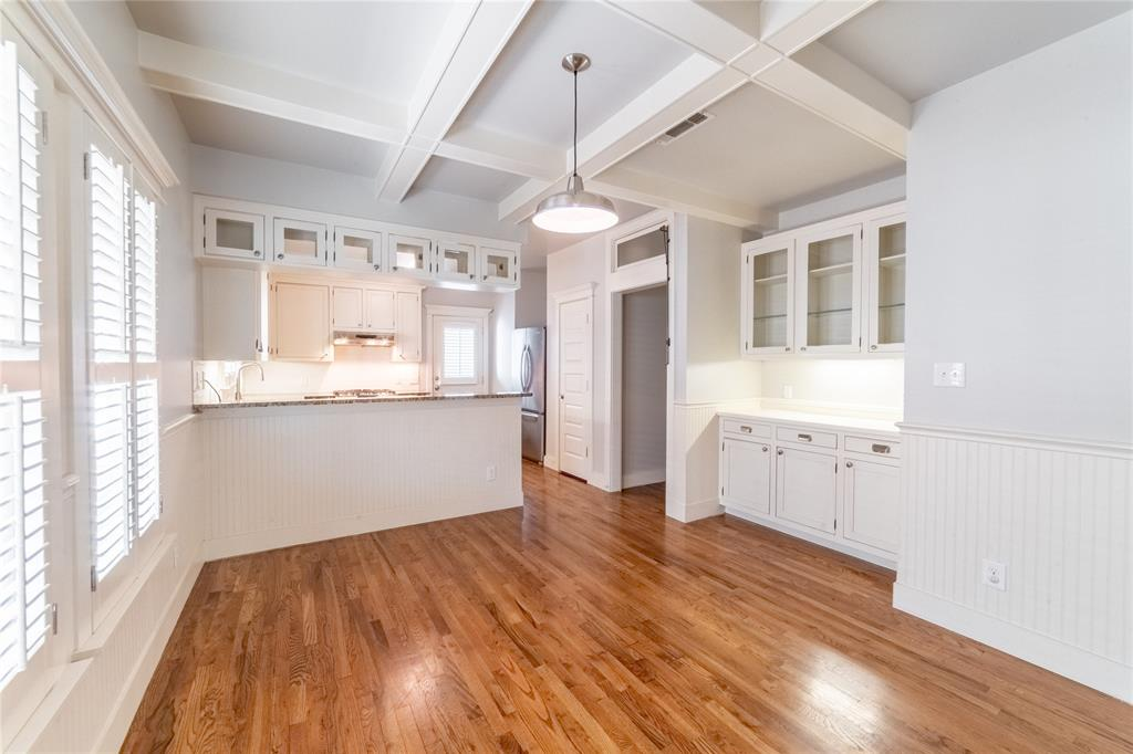 1325 Fairmount Avenue, Fort Worth, Texas 76104 - acquisto real estate best real estate company in frisco texas real estate showings