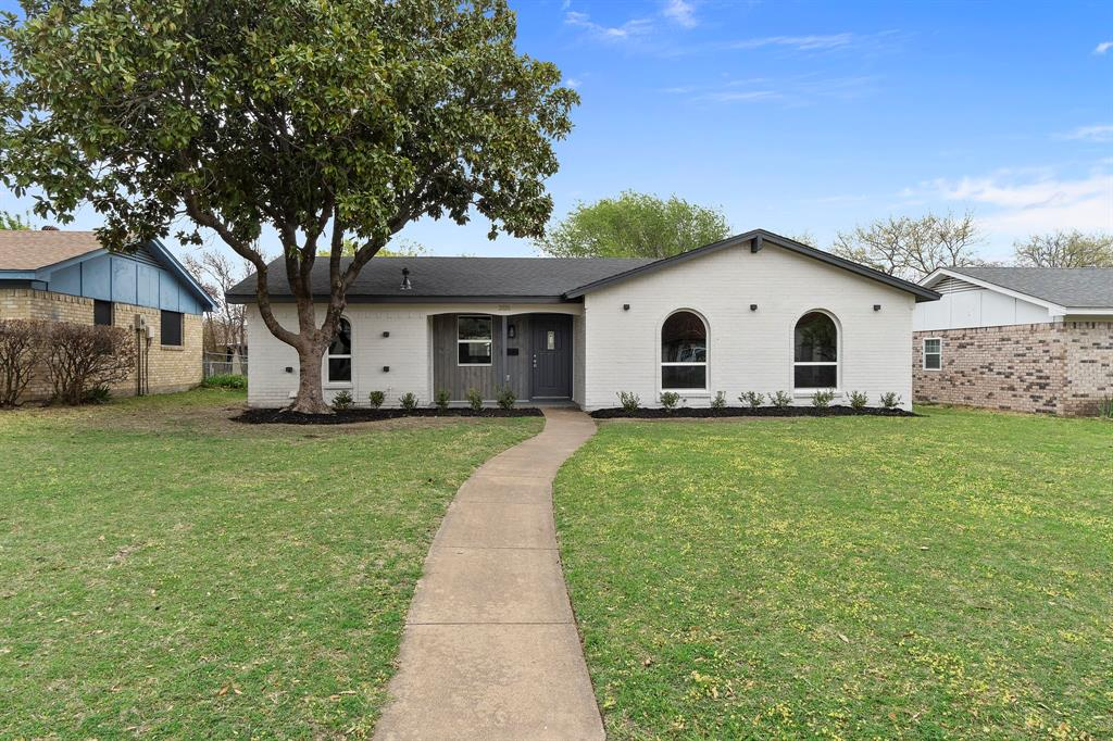 2026 Edna Smith  Drive, Garland, Texas 75040 - Acquisto Real Estate best plano realtor mike Shepherd home owners association expert