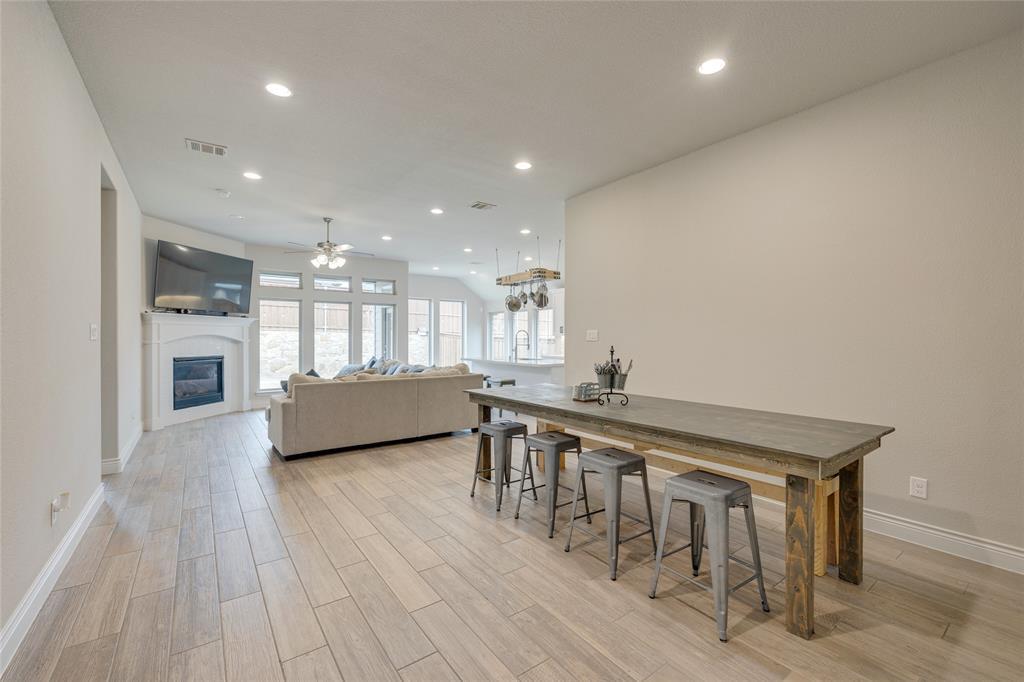 5609 Pradera  Road, Fort Worth, Texas 76126 - acquisto real estate best designer and realtor hannah ewing kind realtor
