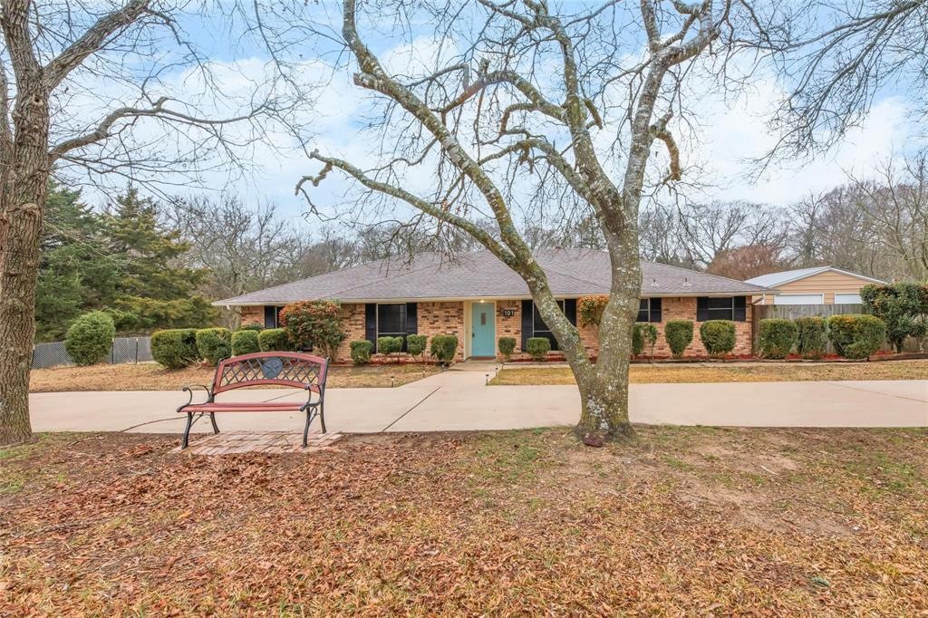 101 Northwood Street, Ovilla, Texas 75154 - acquisto real estate best the colony realtor linda miller the bridges real estate