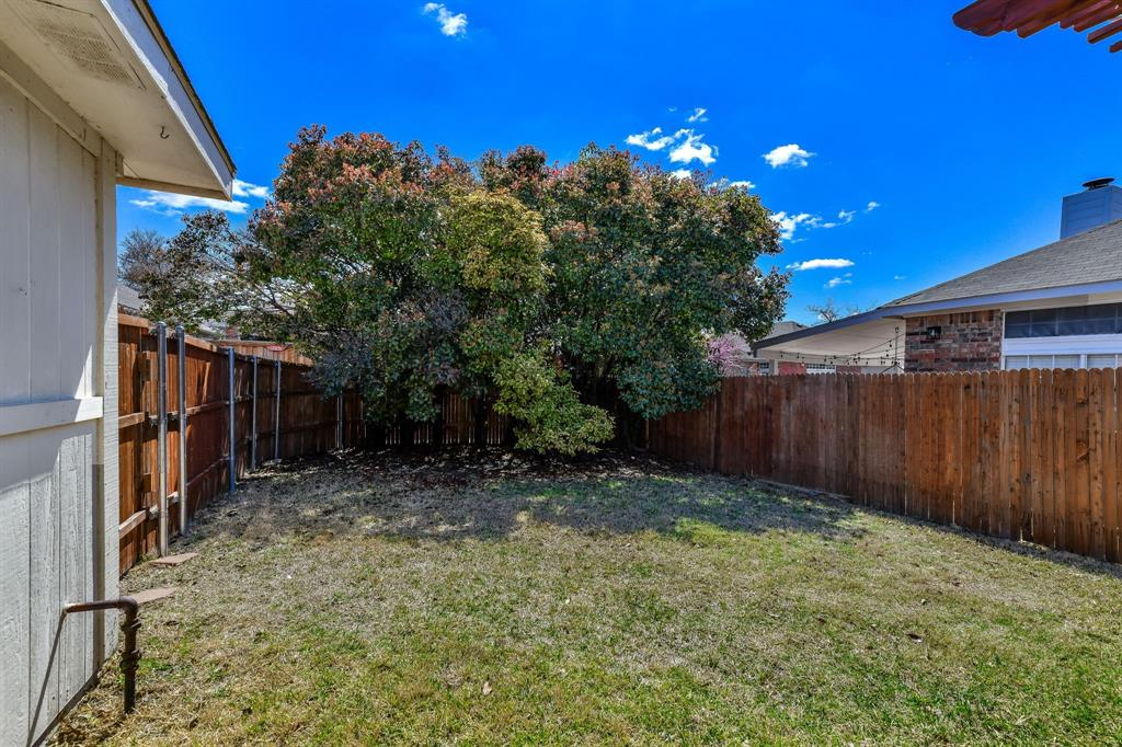 9805 Concord Drive, Frisco, Texas 75035 - acquisto real estate best realtor foreclosure real estate mike shepeherd walnut grove realtor