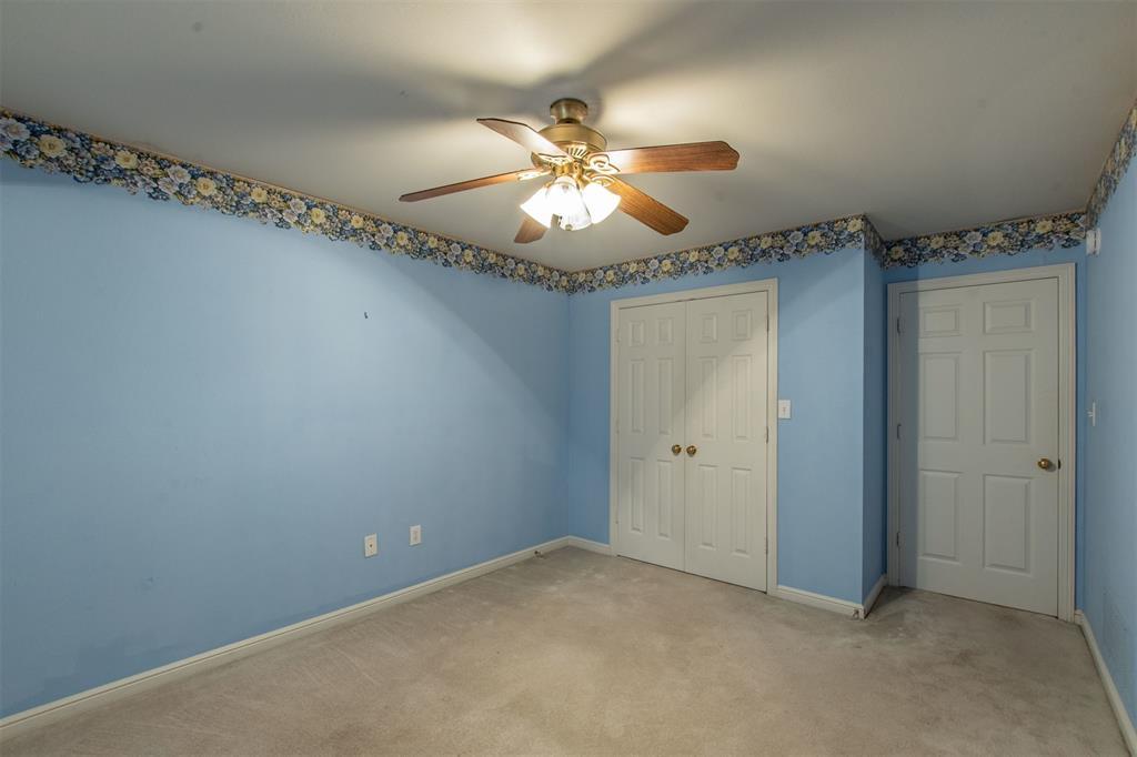 1112 Ellison Park  Circle, Denton, Texas 76205 - acquisto real estate best realtor foreclosure real estate mike shepeherd walnut grove realtor