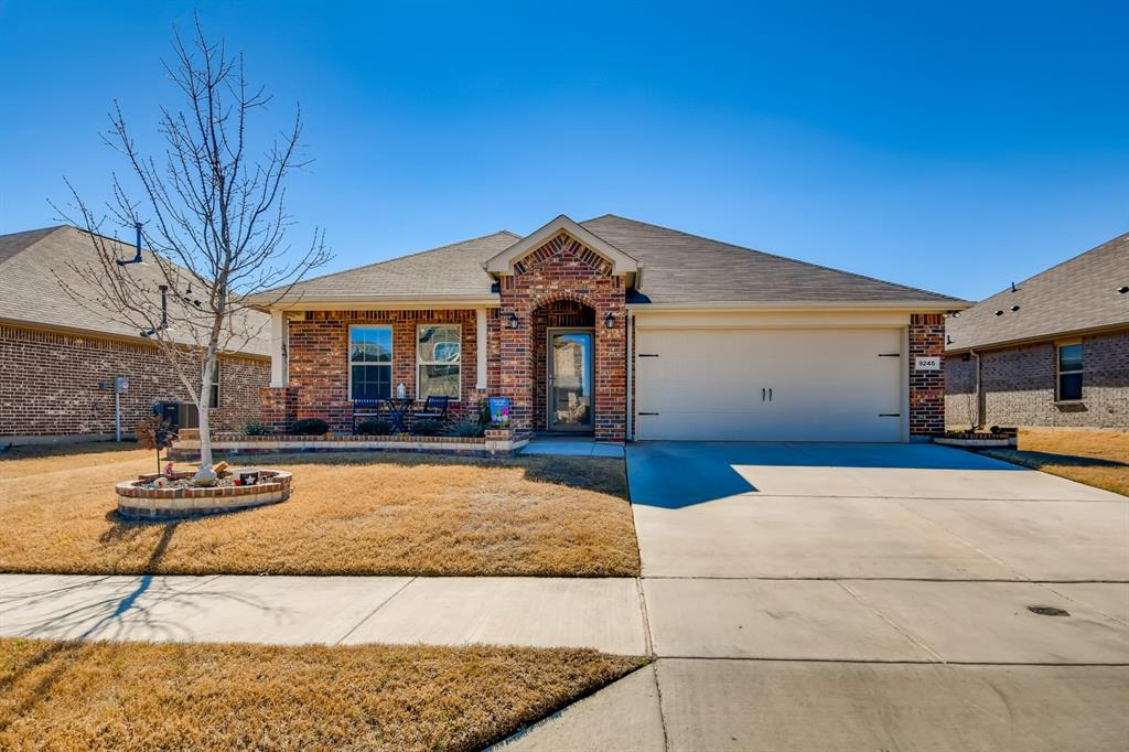 9245 Flying Eagle  Lane, Fort Worth, Texas 76131 - Acquisto Real Estate best plano realtor mike Shepherd home owners association expert