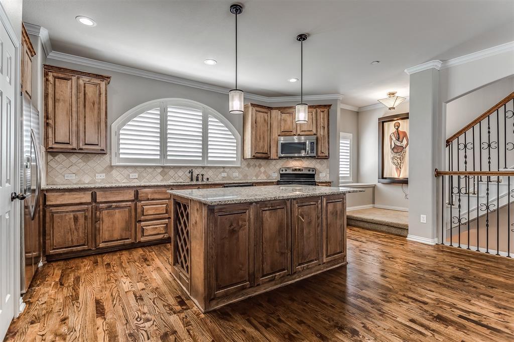 2700 Club Ridge  Drive, Lewisville, Texas 75067 - acquisto real estate best prosper realtor susan cancemi windfarms realtor